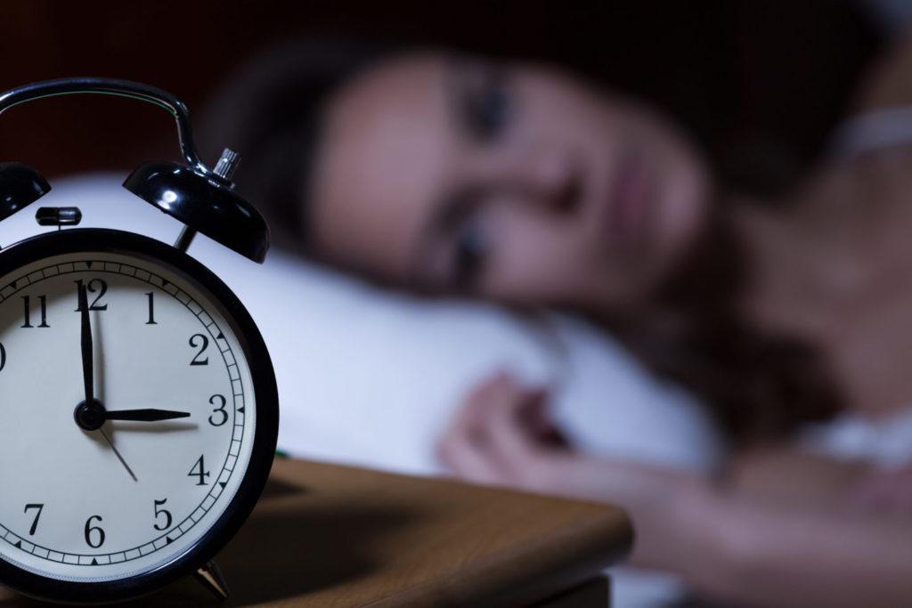 Alivie el insomnio esta noche – 3 maneras fáciles de aliviar el insomnio
